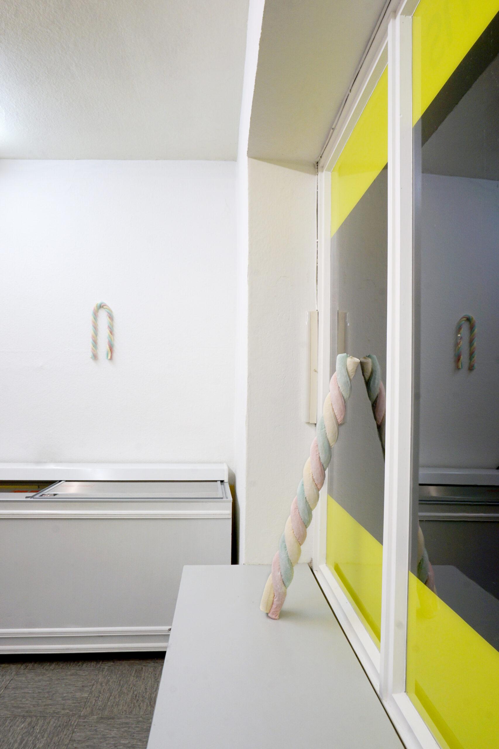 Sculptor's Delight, Installationsansichten der gleichnahmigen Skulpturengruppe und Ausstellung von Anneke Kleimann im Kunstbetrieb Dahms, 2019/20, Copyright: Anneke Kleimann